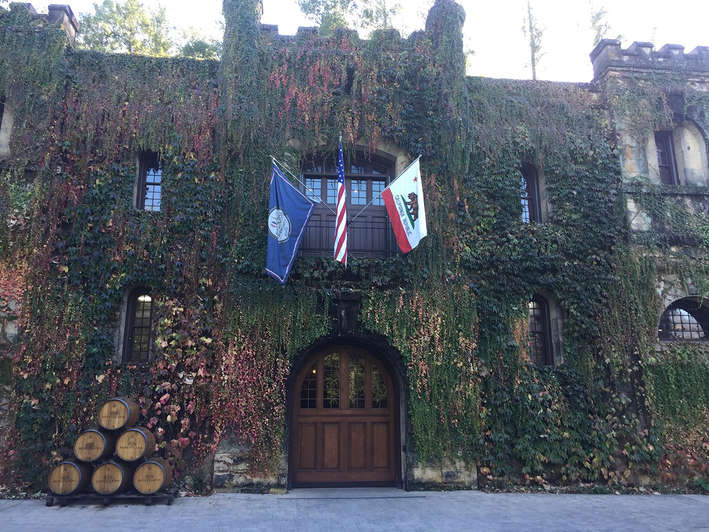 Napa Wine Tours From Walnut Creek For  Passengers